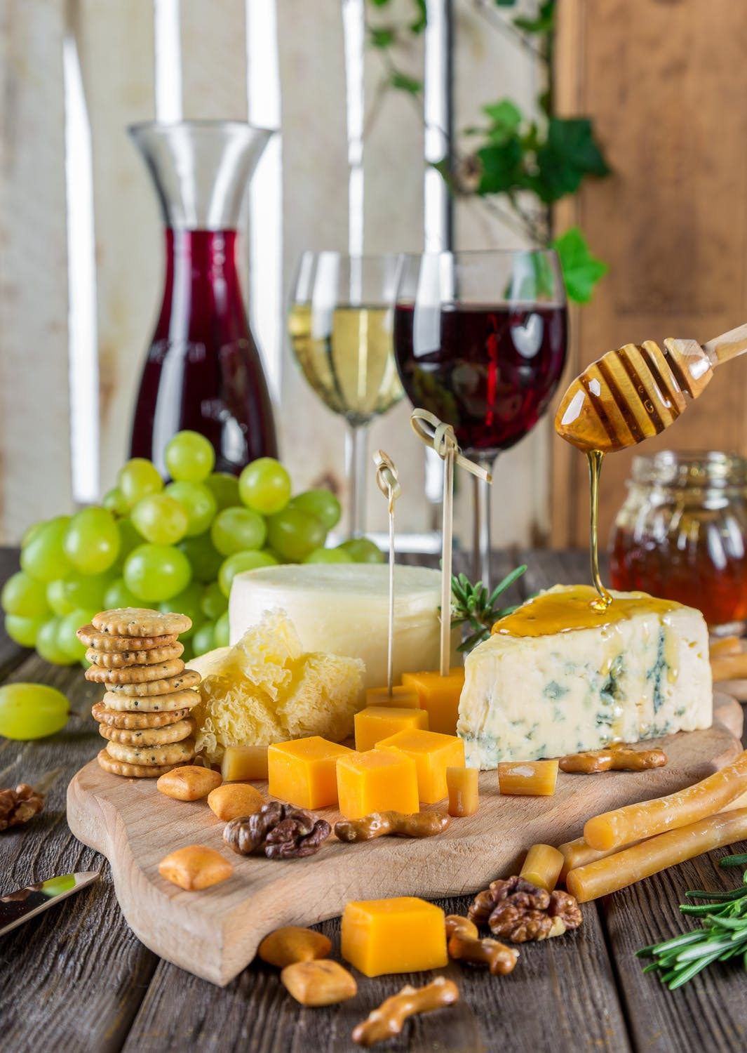 Taster session with cheese and wine